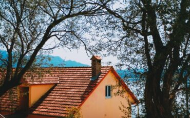 Plan Now For Your Spring Roof Replacement
