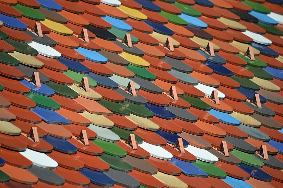 How To Choose The Right Roof Color